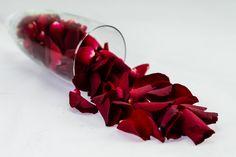 Calice di petali - A. Sessolo #rose #flower