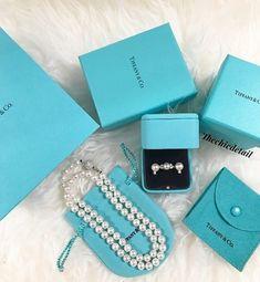 Tiffany Bracelets, Tiffany Jewelry, Jewelry Collection, Jewerly, Jewelry Accessories, Fancy, Sd, Diy Design, Pretty