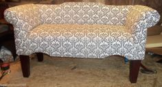 LARGE BENCH SETTEE QUEEN ANNE FURNITURE WITH BACK
