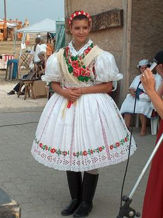 hungarian Folklore, Folk Dance, Lany, Folk Costume, Traditional Dresses, Hungary, Harajuku, Culture, Bride