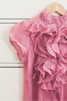 #Pretty in Pink! blouse #2dayslook #fashionstyle www.2dayslook.com