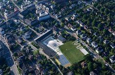 Gammel Hellerup High School by Bjarke Ingels Group / Green Roof / sport