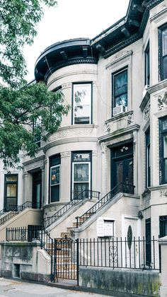 Brooklyn Neighborhoods: Prospect Park South gives residents a rare taste of suburbia in New York City. Check out everything the community has to offer. Prospect Park Brooklyn, Brooklyn House, Brooklyn New York, New York Socialites, New York Neighborhoods, Style South Park, Nyc Real Estate, The 'burbs, Nyc Girl