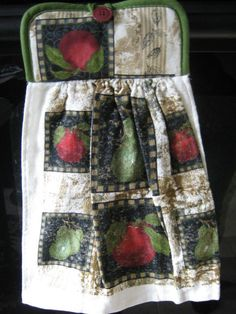 Hand towel pot holder combo Country kitchen apples and pears