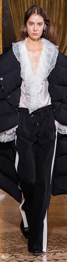 Fall 2021 RTW Ermanno Scervino Ermanno Scervino, Facon, Italian Fashion, Playing Dress Up, Autumn Fashion, Menswear, Ruffle Blouse, Prom Dresses, Couture