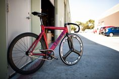 Red 735 Build | Leader Bikes