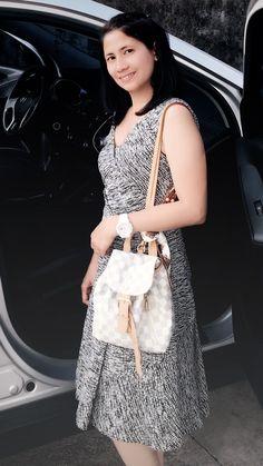 louis vuitton and Oscar dela Renta dress Lace Skirt, Louis Vuitton, Tote Bag, Elegant, Skirts, Dresses, Simple, Fashion, Classy