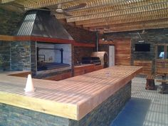 Some amazing outdoor kitchen and living area ideas