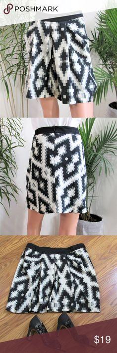 "Zara* Geo Print Mini Skirt Flirty lil' satiny front pleat,  back zip mini. Geo print in black, gray, off white. Black lining..  Measured flat. waist- 15.5''. 18"" long side seam. poly. on 5' 9'' model Zara Skirts Mini"