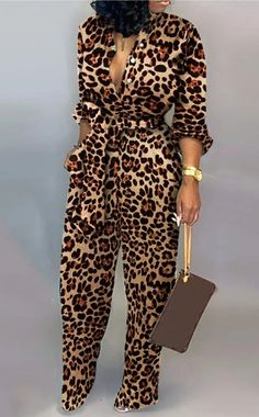 This elegant fitting leopard print jumpsuit is suitable for many occasions. Create an outstanding date night outfit with this long sleeve elegant jumpsuit. A trendy fashion casual jumpsuits for women casual style. Look Fashion, Fashion Outfits, Womens Fashion, Trendy Fashion, Camo Fashion, Casual Outfits, Jumpsuit Dressy, Jumpsuit Outfit, Elegant Jumpsuit