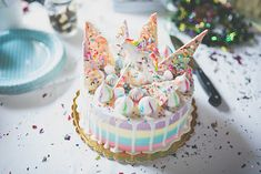 9instyle Let Them Eat Cake, Cake Decorating, Desserts, Birthday Cakes, Food, Kids Room, Party Ideas, Inspiration, Style