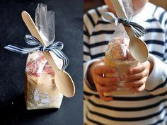 VÝPEČKY: MLÉČNÁ RÝŽE S KARAMELKOU Food Gifts, Homemade Gifts, Presents, Gift Wrapping, Diy, Gift Ideas, Products, Cool Ideas, Gifts
