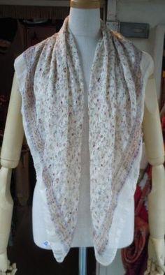 ベージュ小花柄×チェックシルクスカーフ
