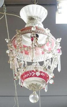 Lustre en cristal overlay rose et pampilles