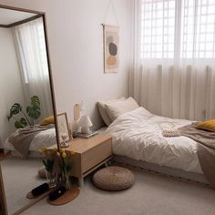 Wohnzimmer/schlafzimmer 35 Adorable Practical Bedroom Design Ideas You Are Looking For Room Ideas Bedroom, Small Room Bedroom, Bedroom Sets, Small Bedroom Designs, Bedroom Inspo, Loft Bedroom Decor, Big Mirror In Bedroom, Bedroom Ideas For Small Rooms, Cozy Small Bedrooms