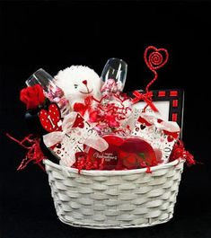valentine baskets for men XVxqveYdW Saint Valentine, Kinder Valentines, Valentine Gifts For Kids, Valentines Gifts For Boyfriend, Valentine Day Crafts, Valentine Ideas, Cadeau St Valentin, Saint Valentin Diy, Valentines Day Baskets