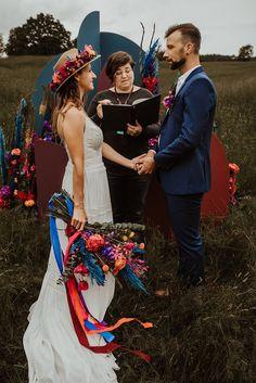 Bunte Colors of Love Festival Hochzeit - Hochzeitskiste Bunt, Bow Wedding