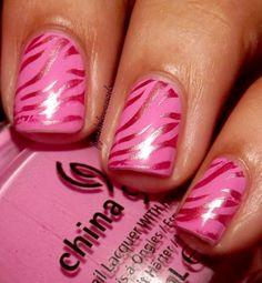 fyeahilovenails: Metallic Zebra Nails