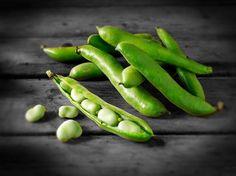 Grain Seeds Vicia Faba, Fava Bean Seed, Bonsai Plants Faba Bean Can Dou. Bean Seeds, Fava Beans, Tree Seeds, Bonsai Plants, Cool Plants, Aesthetic Food, Asparagus, Green Beans, Food Photography