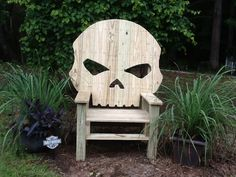 I saw a skull chair and liked it. I made me one but used the Willie G Zombie skull like my bike has.