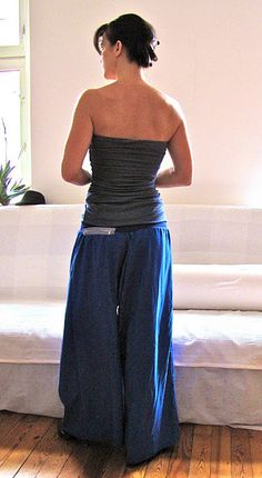simple, simple yoga pant sewing tutorial