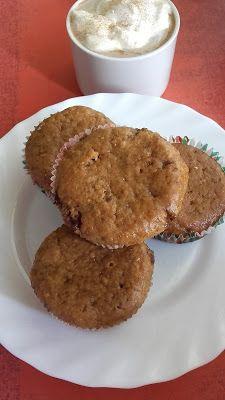 Kávés - csokis banánmuffin Muffin, Breakfast, Food, Morning Coffee, Muffins, Meal, Essen, Hoods, Cupcakes