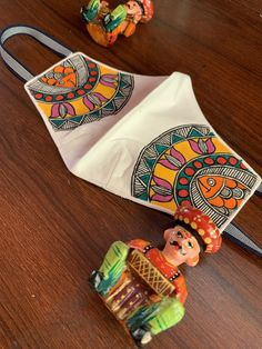 Mask Painting, Fabric Painting, Fabric Art, Hand Painted Sarees, Hand Painted Fabric, Monkey Nursery, Mehndi Designs Feet, Mouth Mask Fashion, Mask Drawing