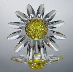 Swarovski Yellow Marguerite Crystal Daisy Flower Cake Topper #8609 Limited
