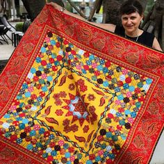 Penny Rose designer Michelle Yeo is highlighting her first fabric range Torrington today at Cotton Carnivale in Australia. Michelle specializes in reproduction fabrics and designs incredible quilts. This range is the featured fabric in 2017 Quilt Mania's mystery block quilt. Visit @cindycloward IG to see more quilts and highlights in Australia.