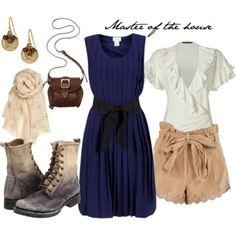 Madame Thenardier - Les Miserables  blue dress :-)