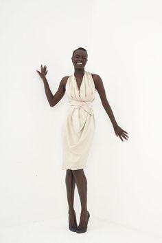 Martin Grant Fall 2009 Ready-to-Wear Fashion Show - Ajuma Nasanyana