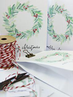Weihnachten // Kranz // Geschenktüte // Klappkarte // Geschenkanhänger // freebie // free printable Templates Printable Free, Free Printables, Xmas Gifts, Elsa, Place Card Holders, Paper, Valentines Day Wishes, White Candles, Free Printable