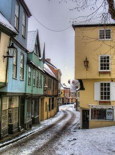 Snowy Elm Hill; Norwich