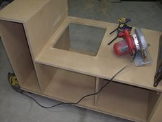 Table Saw Upgrade | Saw dust drop. | Jeremy Daugherty | Flickr