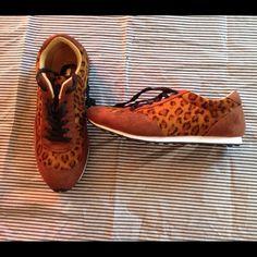 Wed & Thurs Leopard Print Sneakers NWOT - Black Shoe Laces. Size 8.5-9. Shoes Sneakers