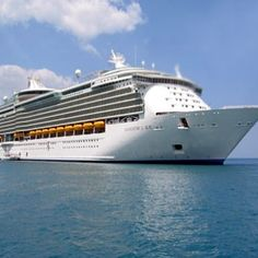 Enjoy Your Vacations On a Luxury Cruise Ship
