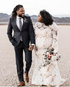 Plus Size Brides can have custom wedding gowns and replicas for less. Plus Size Brides, Plus Size Wedding Gowns, Best Wedding Dresses, Wedding Styles, Plus Size Elopement Dress, Princess Wedding Dresses, Wedding Ideas, Ball Dresses, Ball Gowns