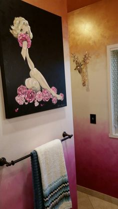 Marilyn canvas on rose gold, cream, and magenta ombre walls by Lezley Lynch Designs, Edmond, OK for OKC Symphony Show House 2015.