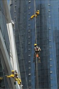 Qatar window washers - Window washers from Nepal rappel down the curved facade of the Tornado Tower in Doha, Qatar. High Rise Window Cleaning, Window Cleaning Tools, Oil Rig Jobs, Professional Window Cleaning, Washing Windows, Rappelling, Window Cleaner, The Dreamers, Facade