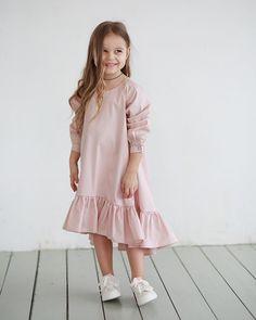 Когда ты кроха с характером ...и в платье от #miko_kids 😜❤️ • Состав: 100% хлопок. • Размер в НАЛИЧИИ: 116. • Цена: 5000. • Все вопросы и оформление заказа в W/A 📲: +79126365902 😉. • Доставка по всему 🌏. #miko_D0007#miko_kids #conceptkidswear #forkids #большечемплатья #pink