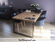 Eiken tafel met stalen U-frame. #eiken #staal #industrieel #wooninspiratie #wonen #eettafel zojuist