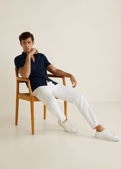 Discover the latest trends in Mango fashion, footwear and accessories. Casual Winter Outfits, Men Casual, Smart Casual, Streetwear, Baggy, Poses For Men, Hipster Man, Swag Outfits, Knit Shirt