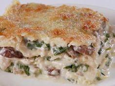 Giadas creamy spinach and mushroom lasagna
