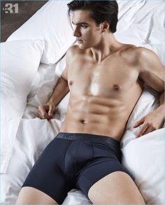 Matthew-Terry-2017-Simons-Underwear-Photo-Shoot-014