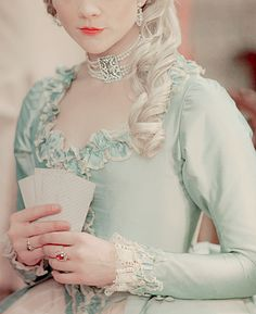 Uploaded by Find images and videos about beautiful, marie antoinette and rococo on We Heart It - the app to get lost in what you love. Marie Antoinette, Rococo Fashion, Gris Rose, 18th Century Fashion, Queen, Historical Costume, Versailles, Baroque, Masquerade