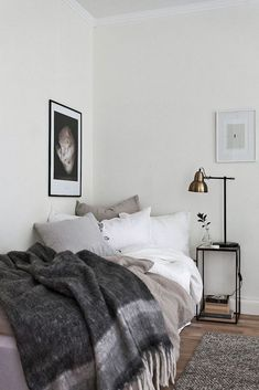5 Bliss Tips AND Tricks: Minimalist Interior Color Living Rooms minimalist bedroom inspiration headboards.Warm Minimalist Home Minimalism minimalist bedroom color colour.Minimalist Home Modern Japanese Style. Minimalist Bedroom, Minimalist Home, Minimalist Interior, Home Decor Bedroom, Bedroom Furniture, Bedroom Ideas, Furniture Ideas, Bedroom Designs, Small Bedroom Inspiration