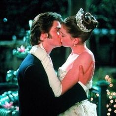 The Princess Diaries - a real foot-popper! Princess Mia (Anne Hathaway) and Michael (Robert Schwartzman). Anne Jacqueline Hathaway, Anne Hathaway, Cute Romance, Romance Movies, Iconic Movies, Great Movies, Cult Movies, Love Movie, Movie Tv