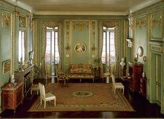 10-1774-1792-French-Narcissa-Niblack-Thorne-Architecture-Miniature-Models-www-designstack-co.jpg (800×581)