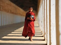 Myanmar (Burma) - Golden Land for Photographers - 121Clicks.com … love the bright red against neutral