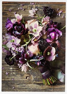 Tulip-Hellebore-Purple-Bridal-Bouquet